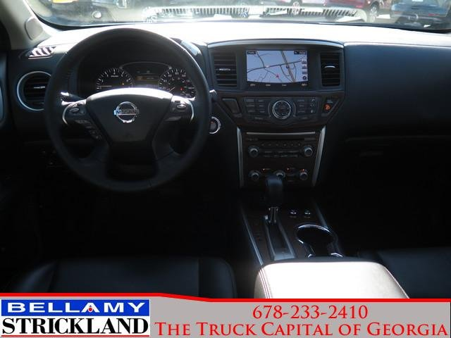 Pre-Owned 2018 Nissan Pathfinder Platinum